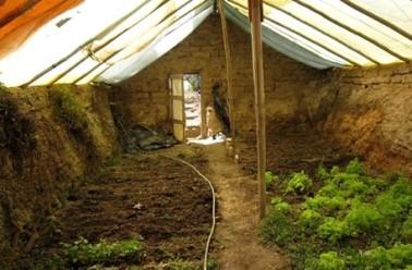 Construire une serre souterraine