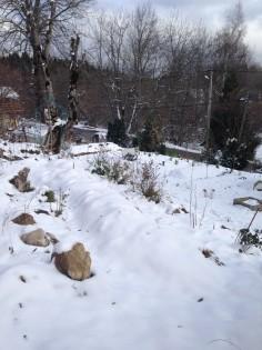 butte sousla neige