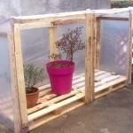 Mini serre recup bois de palette photos permaculture - Serre en bois de palette ...